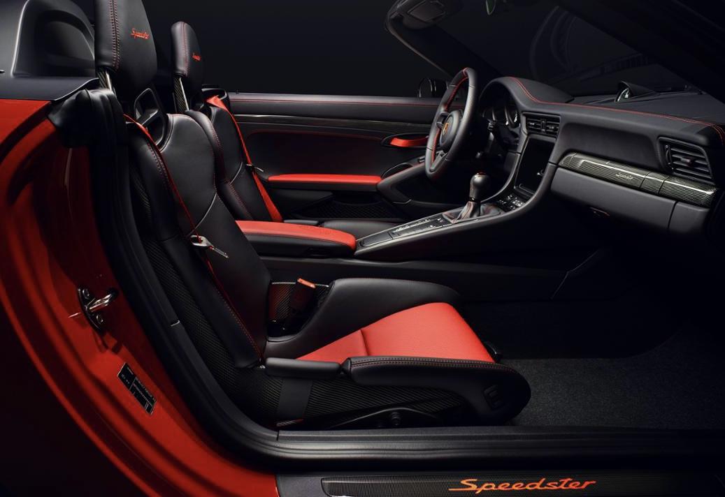 Interior nou 911 Speedster